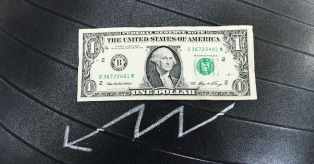 US dollar goes downd mini
