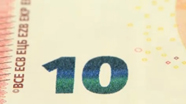 10 eur Emerald number changed